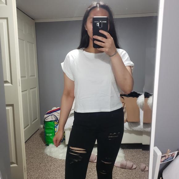 3/$20 Cute White Boxy Cropped Tee
